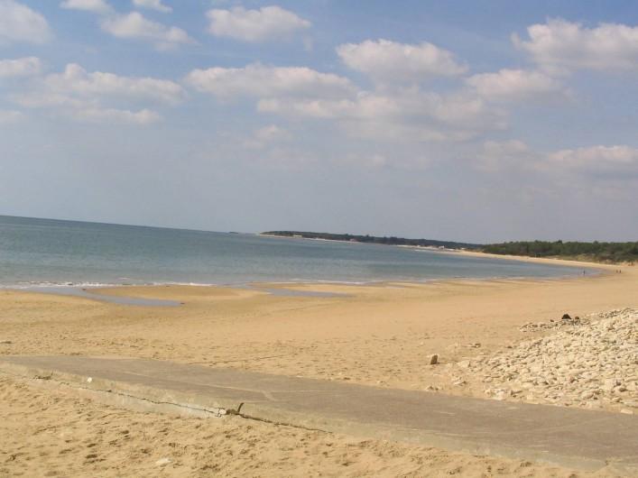 Location de vacances - Appartement à Longeville-sur-Mer - La Plage du Rocher