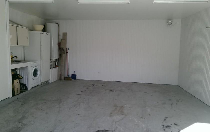 Location de vacances - Appartement à Sengouagnet - Garage avec Buanderie