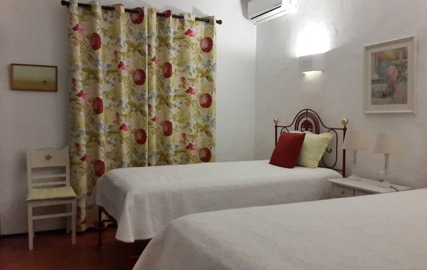Location de vacances - Villa à Albufeira - Chambre Grená (2 lits simples)