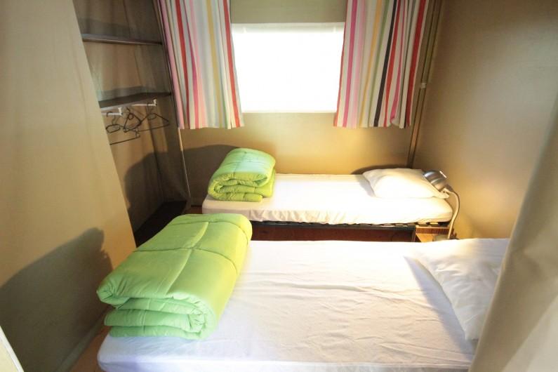 Location de vacances - Bungalow - Mobilhome à La Garette - Bungalow toilé 40m2 4 personnes (chambre 2 lits simples)