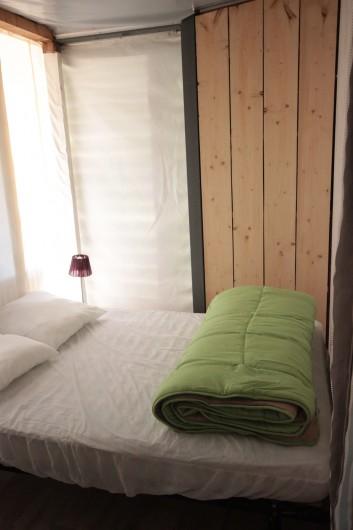 Location de vacances - Bungalow - Mobilhome à La Garette - Chalet toilé 60m2 6/8 personnes (chambre 1 lit double)