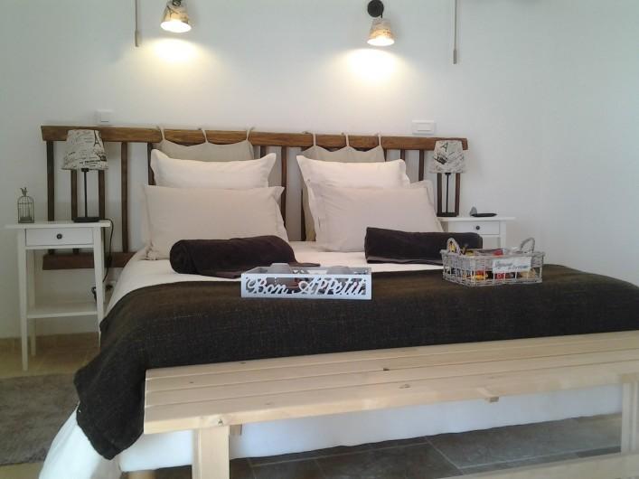 """Location de vacances - Chambre d'hôtes à Saint-André-de-la-Marche - Chambre """"Oiseaux"""""""