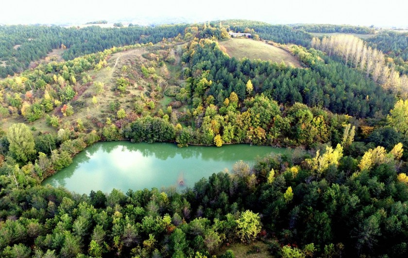 Location de vacances - Gîte à Lamaguère - Les 65 ha du domaine sont aménagés à votre intention.