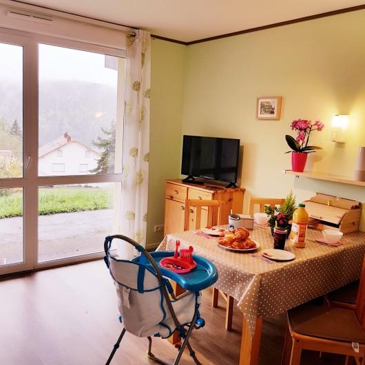 Location de vacances - Appartement à Xonrupt-Longemer - une partie de la cuisine