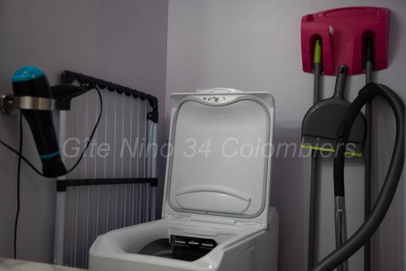 Location de vacances - Appartement à Colombiers - Vue sur coin salon