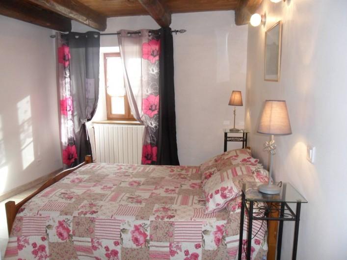 """Location de vacances - Gîte à Saint-Pierre-de-Nogaret - Chambre """"La Draille"""""""