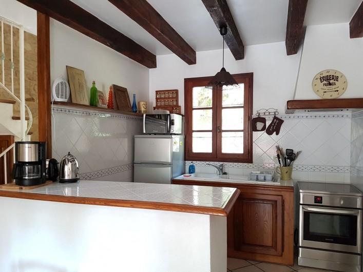 Location de vacances - Appartement à Saint-Gilles - cuisine américaine
