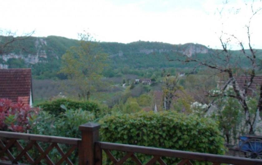 Location de vacances - Gîte à Le Bougayrou - falaises  vuesde la terrasse