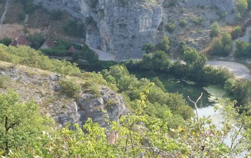 Location de vacances - Gîte à Le Bougayrou - L'Ouysse avec le Moulin fortifié de Cougnaguet