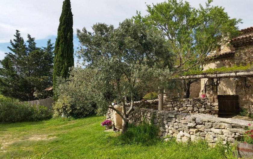 Location de vacances - Gîte à Puyloubier - Terrasse de la CHAPELLE